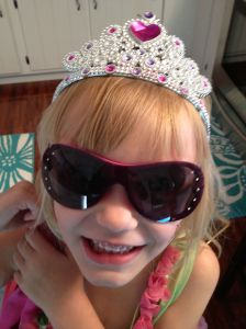 Raquel in her shades!